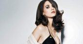 Alison Brie discusses 'Community' delay and wins fans by freestyle rapping