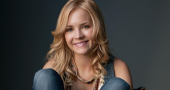 Britt Robertson joins George Clooney in Tomorrowland