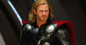 Chris Hemsworth in new Thor: The Dark World poster