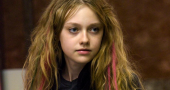 Dakota Fanning's pink hair makes a return