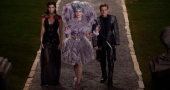 Elizabeth Banks says 'Catching Fire' film stays true to the book