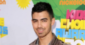 Joe Jonas wants a girlfriend