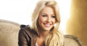 Julianne Hough gushes over Ryan Seacrest