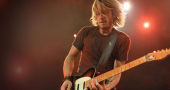 Keith Urban tips girl to win American Idol