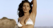 Kelly Brook reignites Katie Price feud