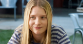 Mia Wasikowska unsure of Alice in Wonderland 2