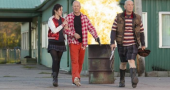 New RED 2 trailer starring Helen Mirren and Bruce Willis