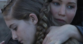 New still of Katniss and Prim in 'Catching Fire' revealed