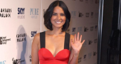Olivia Munn compares men and women poses