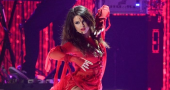Selena Gomez draws criticism for wearing a bindi during MTV Movie Awards performance