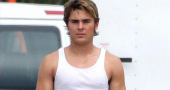 Zac Efron discusses Nicole Kidman pee scene in The Paperboy