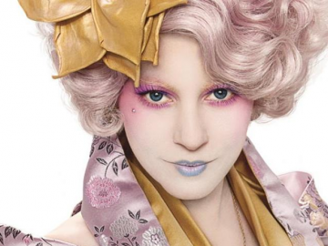 Elizabeth Banks calls Catching Fire an 'upgrade' from The Hunger Games