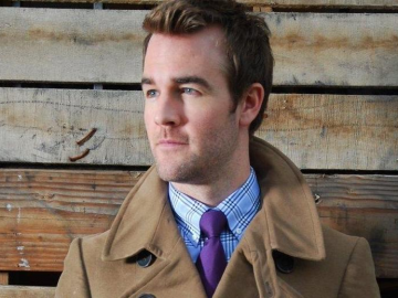 James Van Der Beek surprised by Don't Trust the B---- in Apartment 23 axe