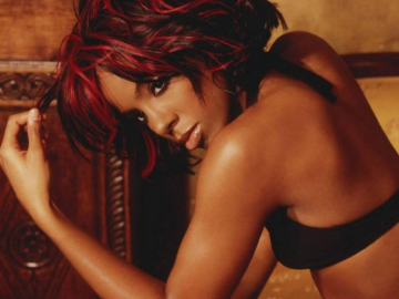 Kelly Rowland in final talks to replace Britney Spears for the X Factor