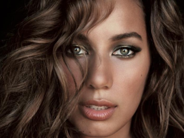 Leona Lewis feeling the pressure of her Glassheart Tour