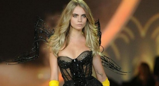 Cara Delevingne To Show Star Quality As Enchantress In Suicide