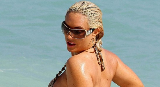 Coco Austin enjoying some time at the beach