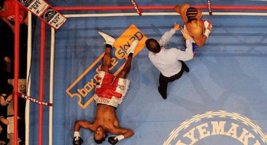 Audley Harrison gets knocked out by David Haye