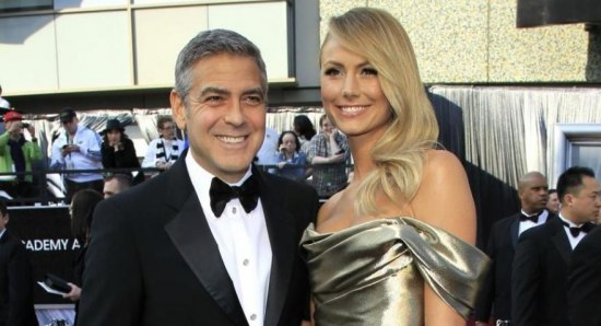 George Clooney and Stacy Keibler at the 2012 Oscars
