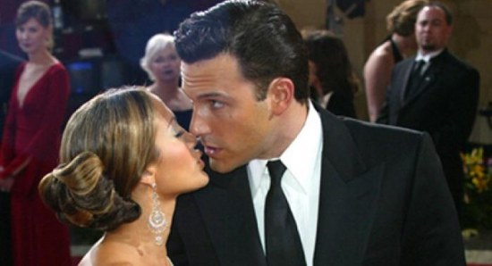 Jennifer Lopez and Ben Affleck kiss