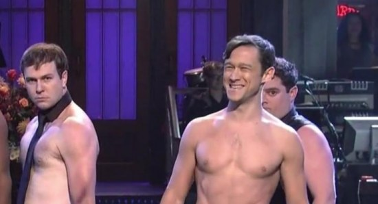 Joseph Gordon-Levitt spoofing Channing Tatum on SNL