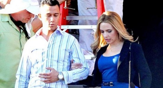 Joseph Gordon-Levitt and Scarlett Johansson on Don Jon set