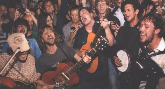 Mumford and Sons performing for their fans