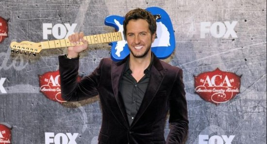 Luke Bryan with his trusty guitar