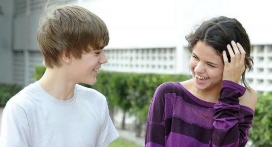 Justin Bieber and Selena Gomez during happier times