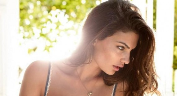 Alyssa Miller compares Sports Illustrated Swimsuit Issue to the Oscars