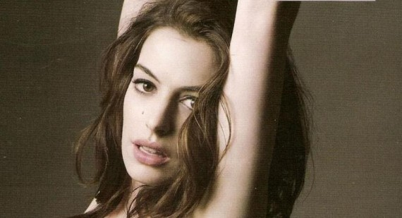 Anne Hathaway afraid that flashing incident will affect Oscar chances
