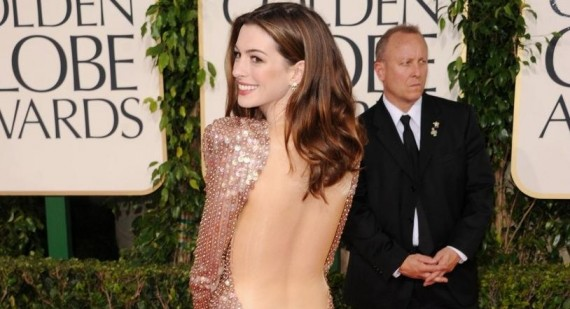 Anne Hathaway to campaign for Oscars with pregnancy?