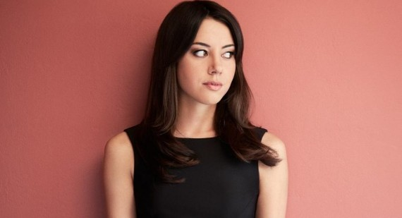 Aubrey Plaza wants to take over from Anne Hathaway as Catwoman