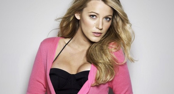 How is Blake Lively's hair cut?