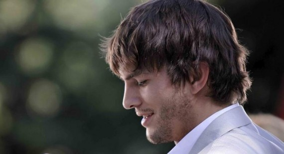 First clip of Ashton Kutcher as Steve Jobs in jOBS