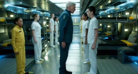 Hailee Steinfeld and Asa Butterfield in new Ender's Game picture