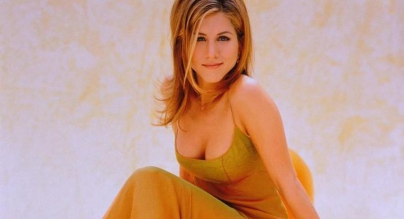 When was the last time Jennifer Aniston wore a bra?