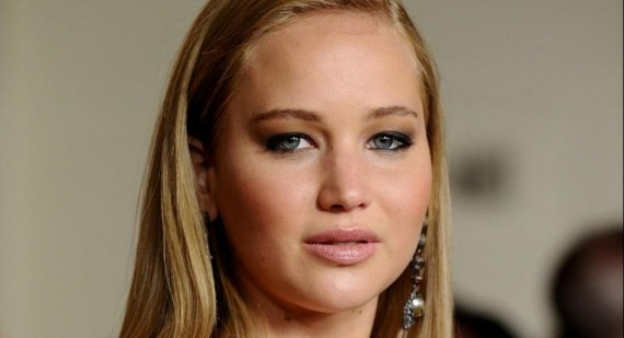 Jennifer Lawrence wins Best Actress Oscar over Emmanuelle Riva, trips while accepting her award