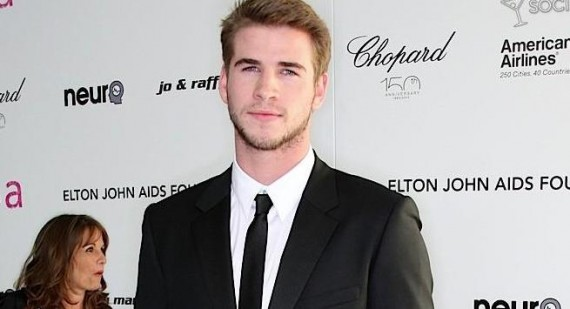 Liam Hemsworth receives praise from Miley Cyrus' father
