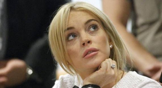 Lindsay Lohan using Ashton Kutcher for his money