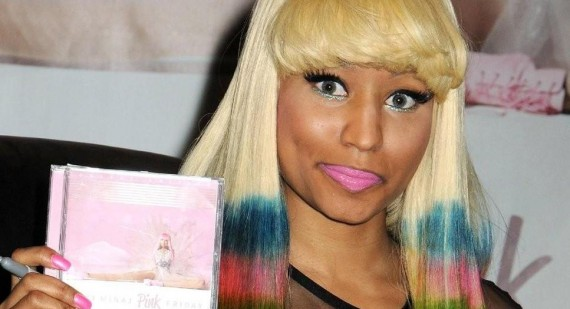 Nicki Minaj reveals a little too much in Twitter pic