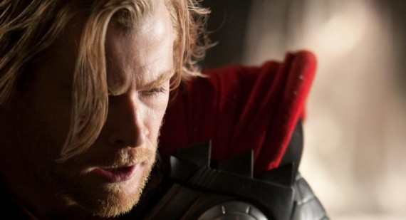 Thor: The Dark World pic shows Chris Hemsworth with Alan Taylor