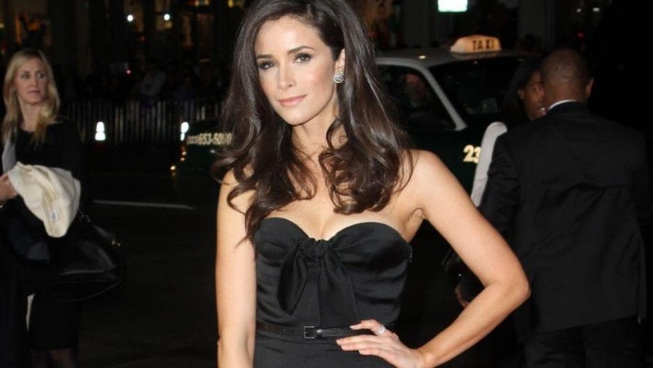 Abigail Spencer shows how to mix television work with movie roles