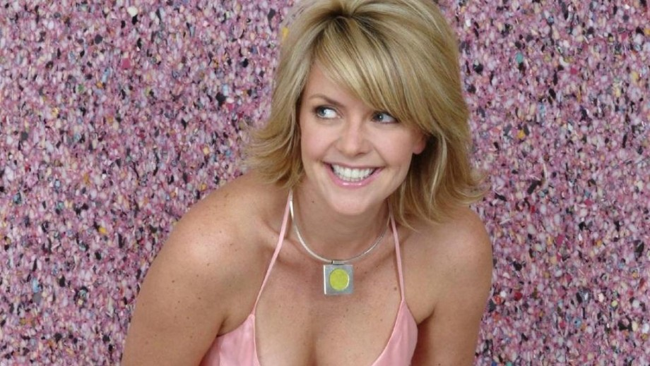 Amanda Tapping Does Everything Like A Superstar News Fans Share