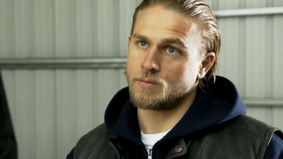 Charlie Hunnam misses Sons of Anarchy co-star Maggie Siff