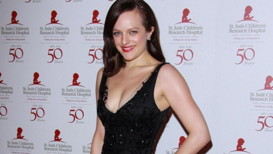 Elisabeth Moss opens up about failed Fred Armisen marriage