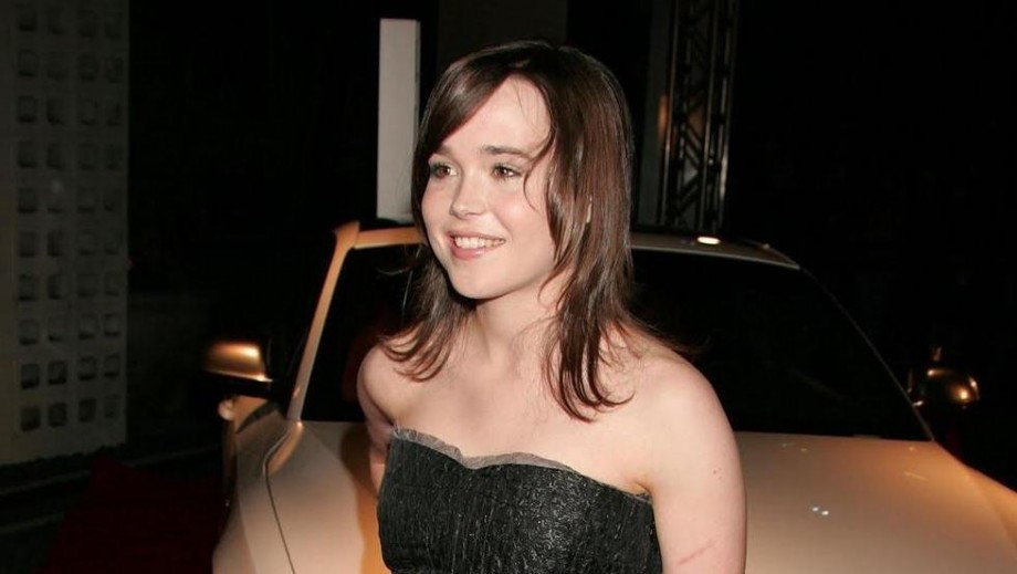 "Ellen Page gets own spy franchise with ""Queen & Country"""