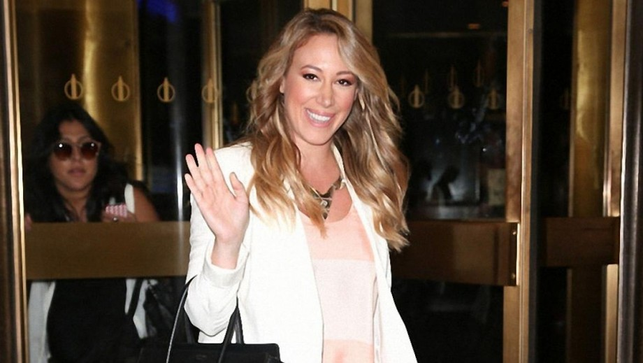 haylie duff turning heads as foodie on show the real girls kitchen - Real Girls Kitchen