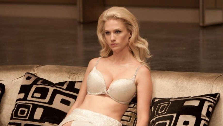 "January Jones in spotlight for ""Good Kill"" and 'placenta' mothers issue"
