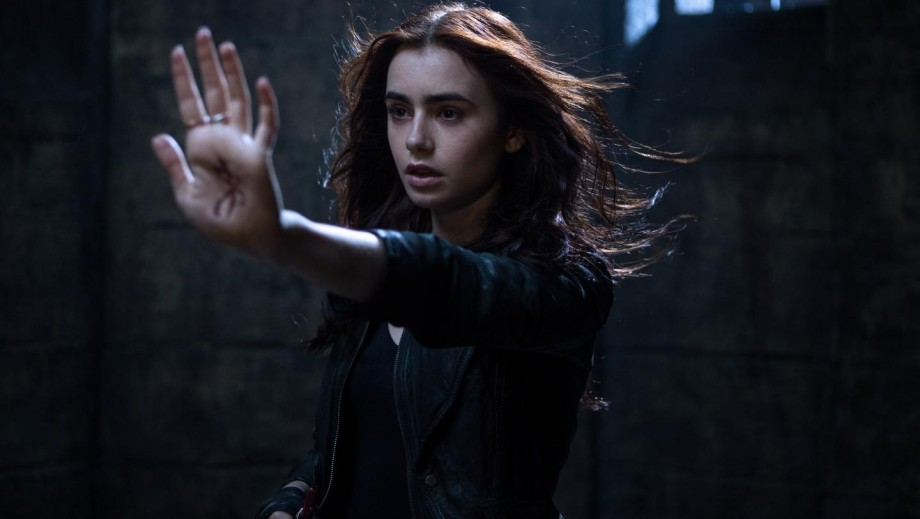 Lily Collins talks about those infamous eyebrows
